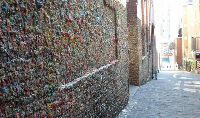 Un mur de chewin-gums